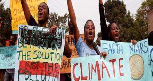 Les gouvernements doivent cesser de brûler nos droits en connivence avec le secteur des énergies fossiles