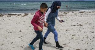 Sur l'île grecque de Kos, la détention des demandeurs d'asile est quasi systématique
